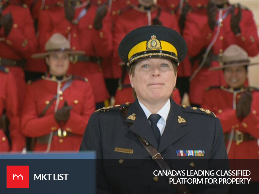 Trudeau Names Brenda Lucki as Canada's 1st permanent female RCMP commissioner!