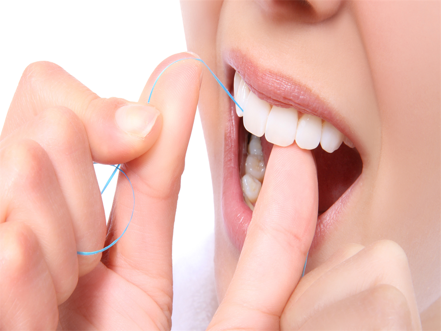 DENTAL DILEMMA: TO FLOSS FIRST OR BRUSH FIRST?