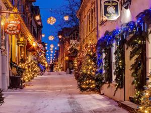 Top 10 Places to Spend Christmas 2017 in Canada