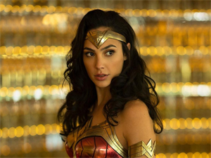 Wonder Woman Super Star Gal Gadot does Wonders!