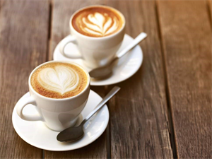 Good news for all the coffee-addicts-Drinking 7 cups of coffee can help you live longer!
