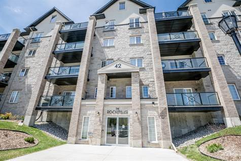 Condos For Sale In Ferndale/Ardagh, Barrie, Ca