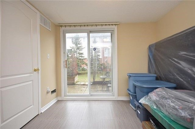 Downtown Mississauga Townhouse