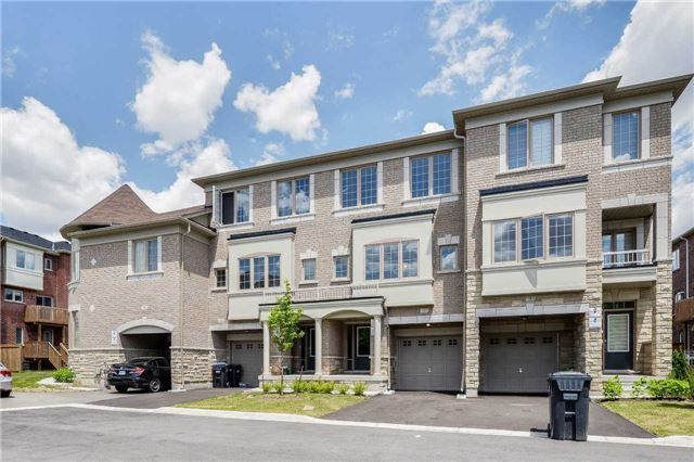 Gorgeous 1 Yr New 3+1 B/R T/House At Chinguacousy/Dusk Dr