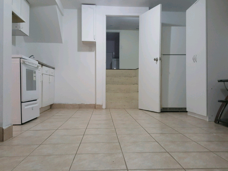 1 bedroom basement available ASAP