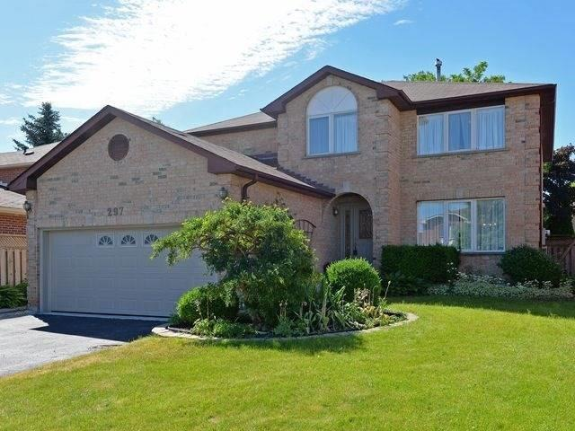Lovely 4 Bdrm Home With Extensive Hardwood Flooring *PICKERING*