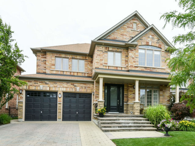 OPEN HOUSE TODAY - Fantastic House in Pickering