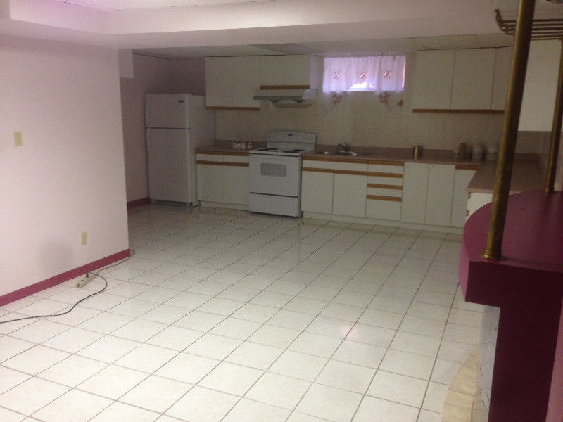 UNFURNISHED SPACIOUS 2-BEDROOM BASEMENT FOR RENT Jane & Wilson