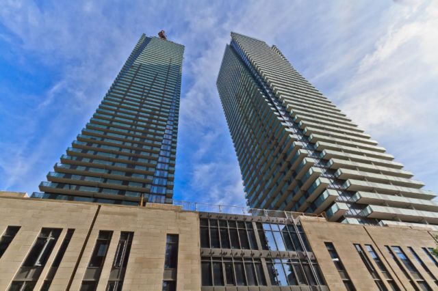 U Condo For Rent Luxury 2bdrm Great view Bay and Bloor