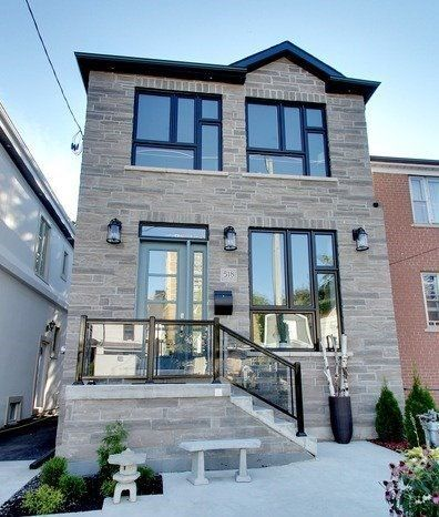 Alluring 4+1 Bed House In Prime Location Of Toronto At Main St
