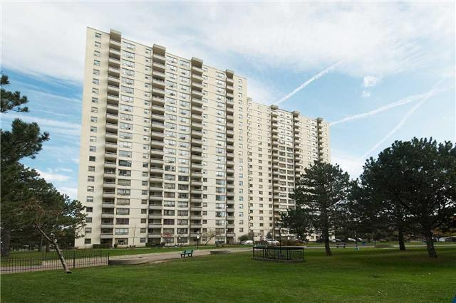 Why Rent If You Can Own Stunning 2 B/R Condo Near Pearson airpo