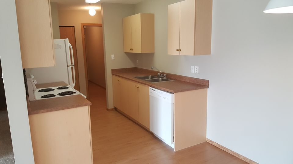 September Free - 2 Bedrooms - In-Suite Laundry