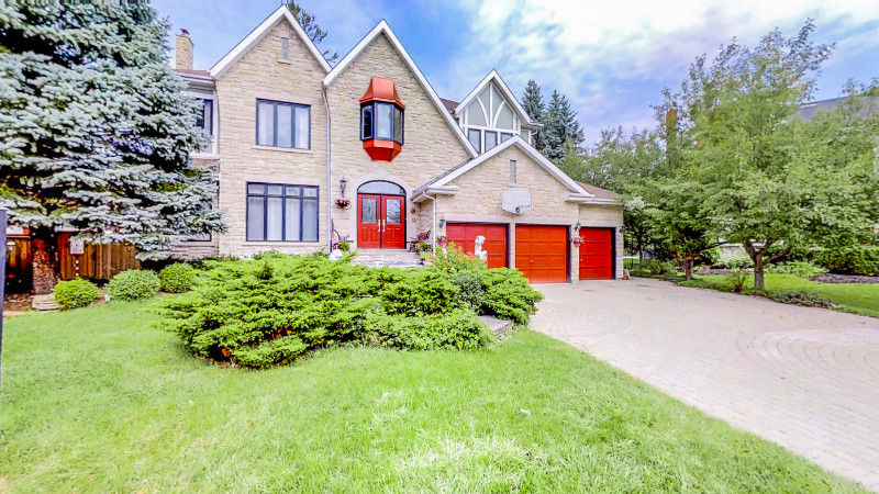Luxurious Custom Home in Rouge Valley in Pickering