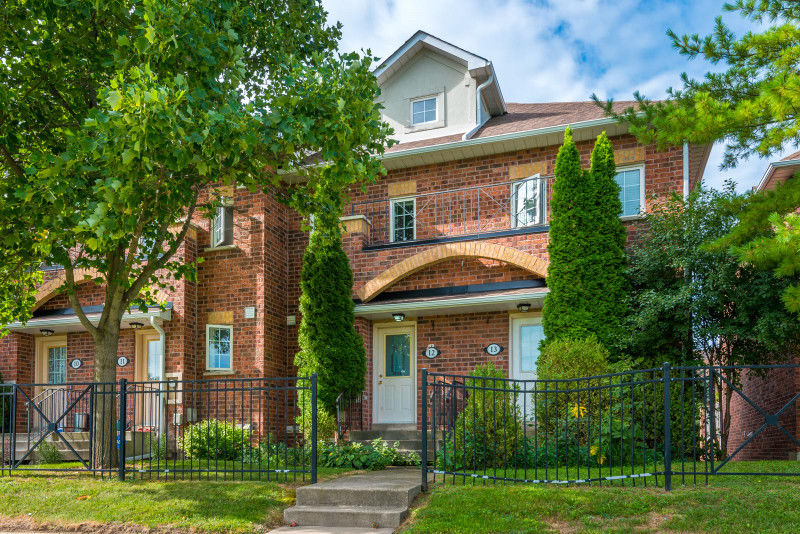 Move-In Ready 3Br, 3Wr Townhome in Scarborough