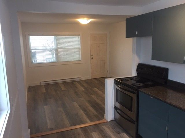 newly renovated! 2 bedroom room apt. Available NOV 1st