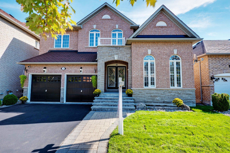 OPEN HOUSE TODAY FROM 2 - 5 PM ! * MARKHAM