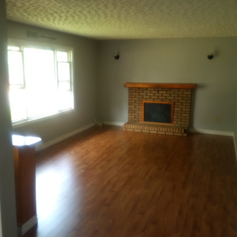 3 bedroom house apartment near Truro Elementary school!