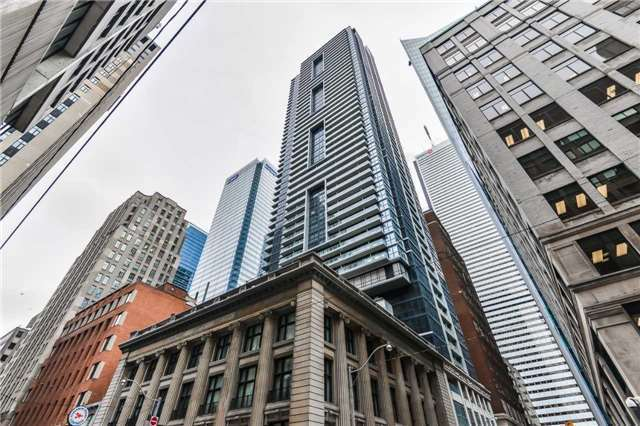 Condo For Sale Downtown Toronto (Financial District)