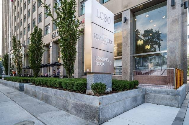 Gorgeous Large 1 Bedroom Condo In Toronto For Rent