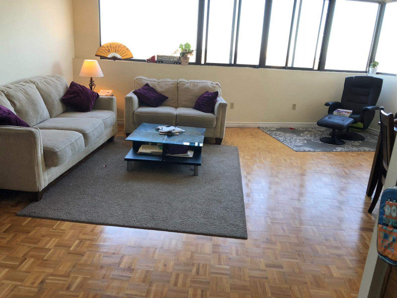 2BR Furnished parking Clarkson, Mississauga. Amazing location!