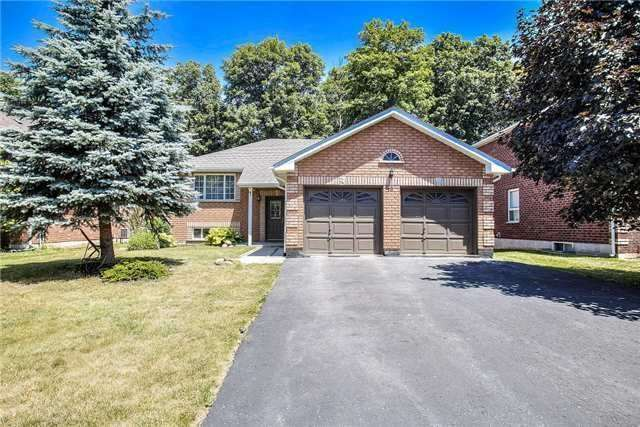 2 Bdrm Raised Bungalow in Desirable Barrie Area