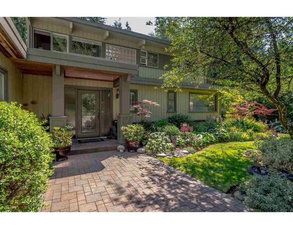 354 MOYNE DRIVE West Vancouver