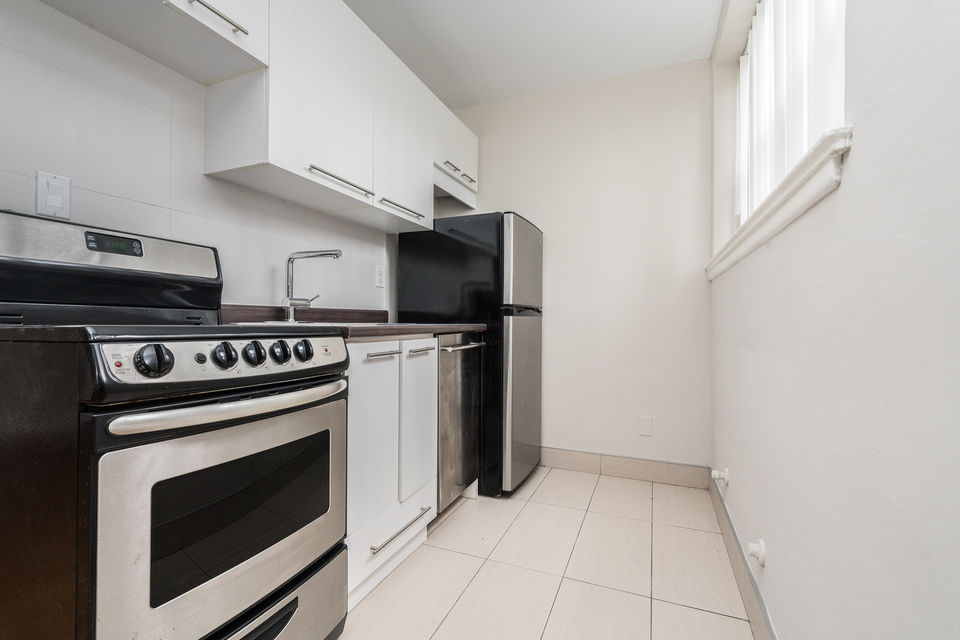 1 Month Rent Free - Renovated Bachelor (Eglinton W/Caledonia)-