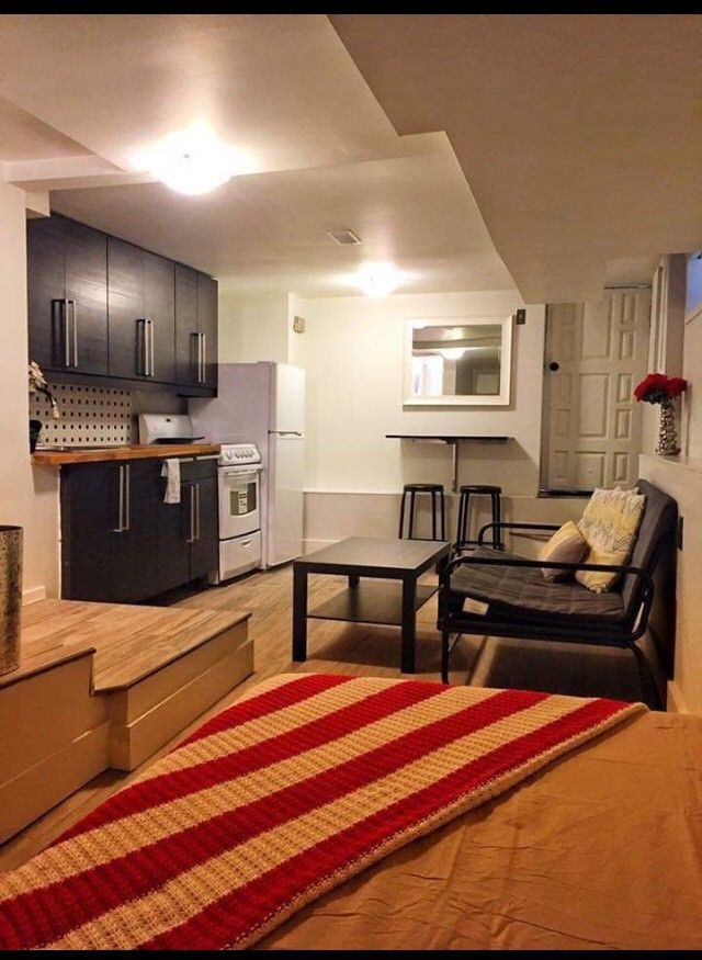 Fully furnished Bachelor Basement Apt Available NOW!
