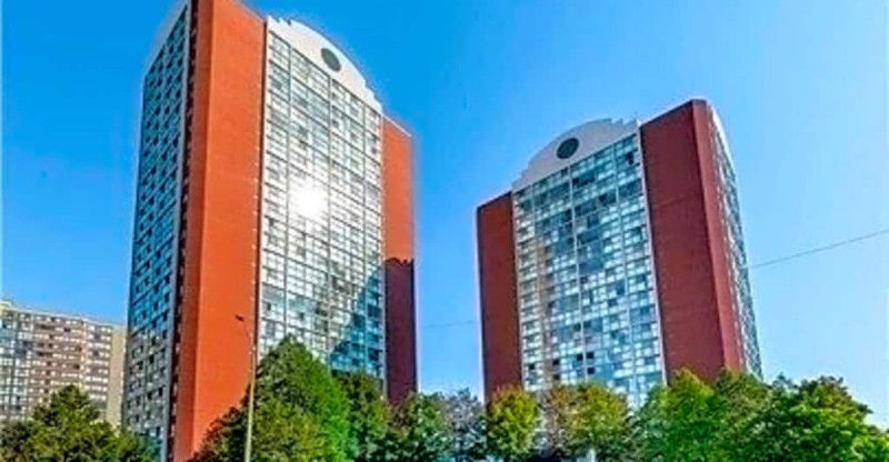 Gorgeous & Affordable Condo in Central Mississauga! Won't Last!!