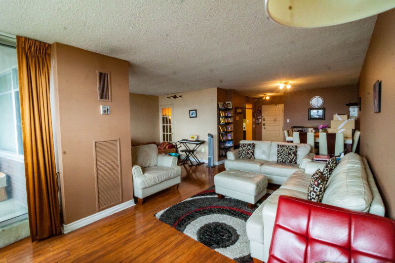 EXCLUSIVE! Central Mississauga Condo fixer upper