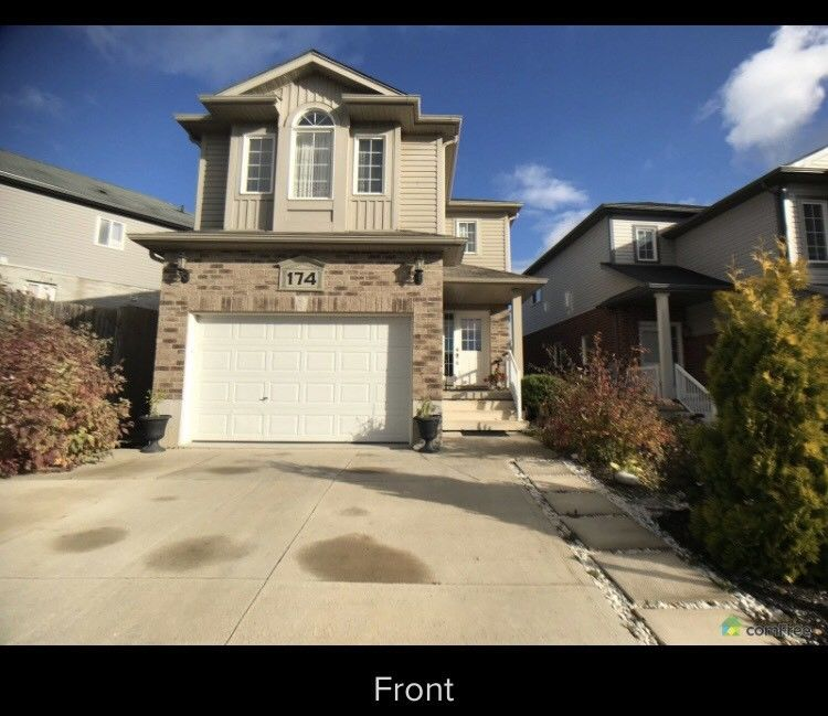 174 Parkvale drive, Kitchener *OPEN HOUSE DECEMBER 9 / 2-4pm*