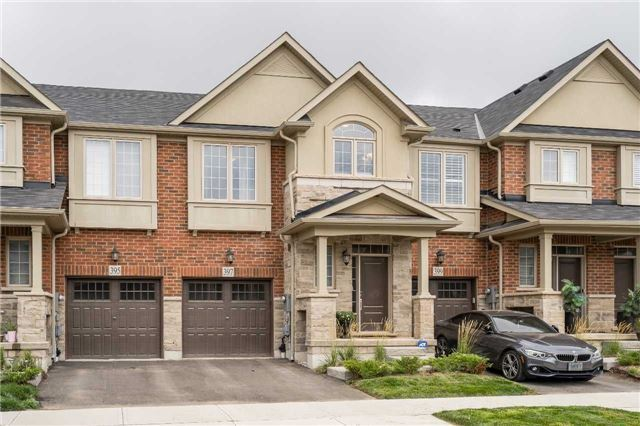 3 Bedroom Branthaven Townhome In Desirable North Oakville