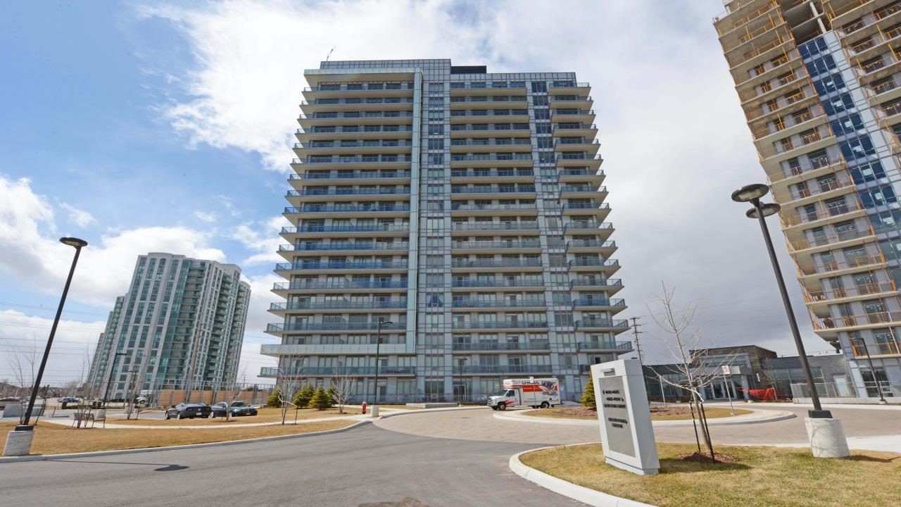 Gorgeous 2 Bedroom Condo For Sale In Mississauga!
