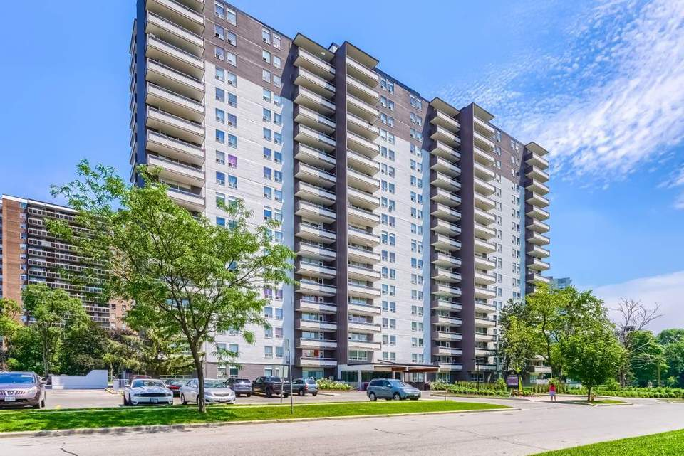 Fisherville - 2 Bedroom Apartment For Rent, Toronto, Ca