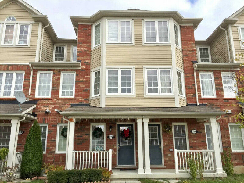 Mattamy Built Freehold 3+1 Bdrm Townhouse For Sale