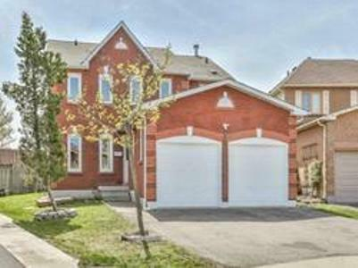 Beautiful House Location On The Border Of Brampton & Mississauga