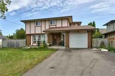 Beautiful 2 Story Detached House In A Highly Demand Location!