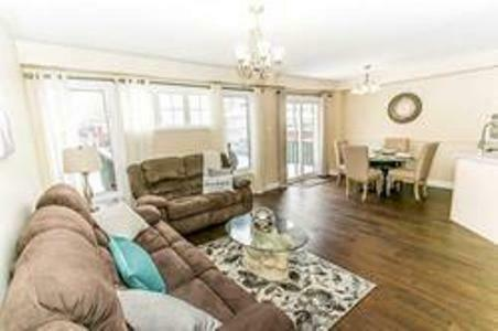 Gorgeous 4 Bedroom Semi-Detached House In A Great Neighborhood.