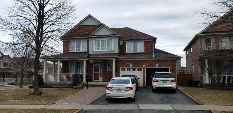 House for rent by Airport and Country side in Brampton