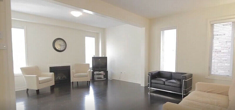 3 Bdrm 2.5 Bath DETACHED HOUSE for RENT | BRAMPTON | JULY 1st