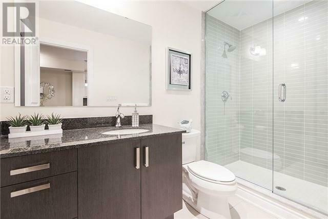 Luxurious,1+1Beds,1Bath,3170 ERIN MILLS PKWY Mississauga