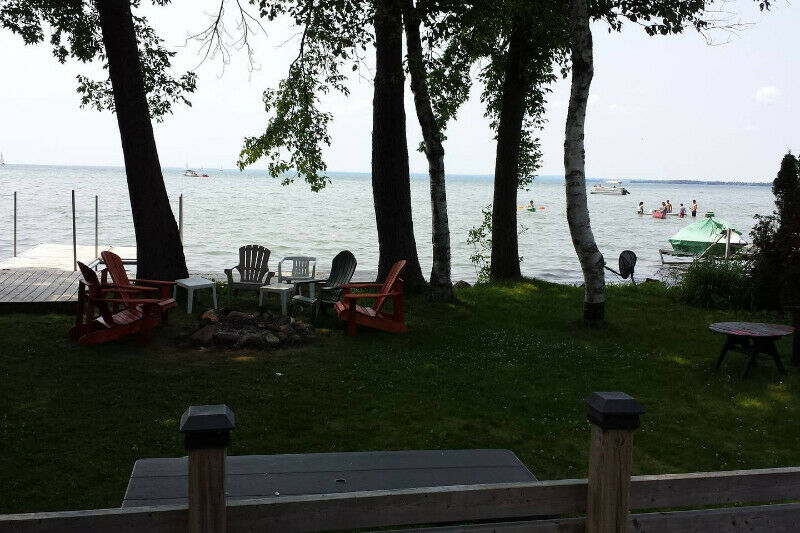 cottage for sale,lagoon city. brechin. ont .direct lake simcoe