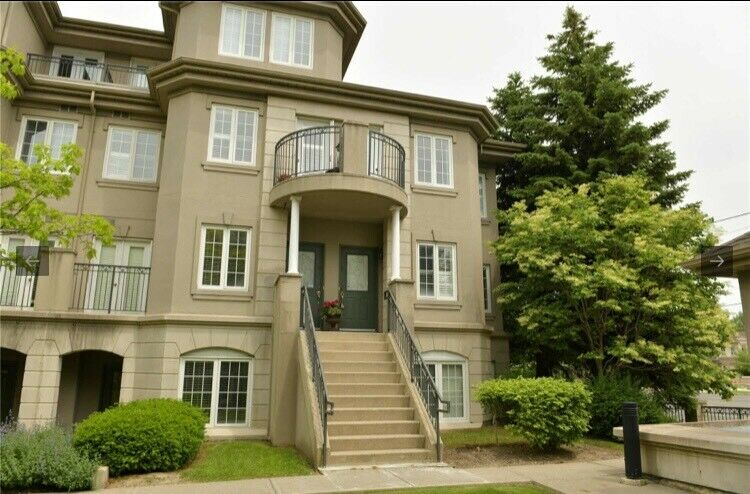 Townhouse at Finch for rent