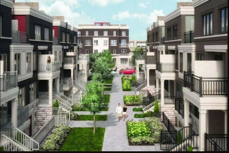 2 Bedroom + Den Townhouse Rent Brand New Lakeshore/Longbranch