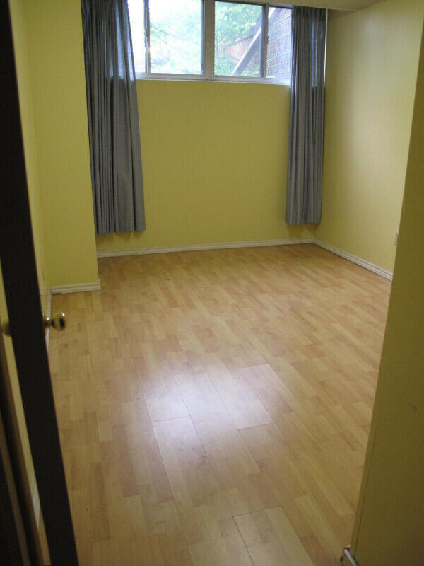 Well maintained 1 bedroomBasement Apartment Bathurst and Steeles