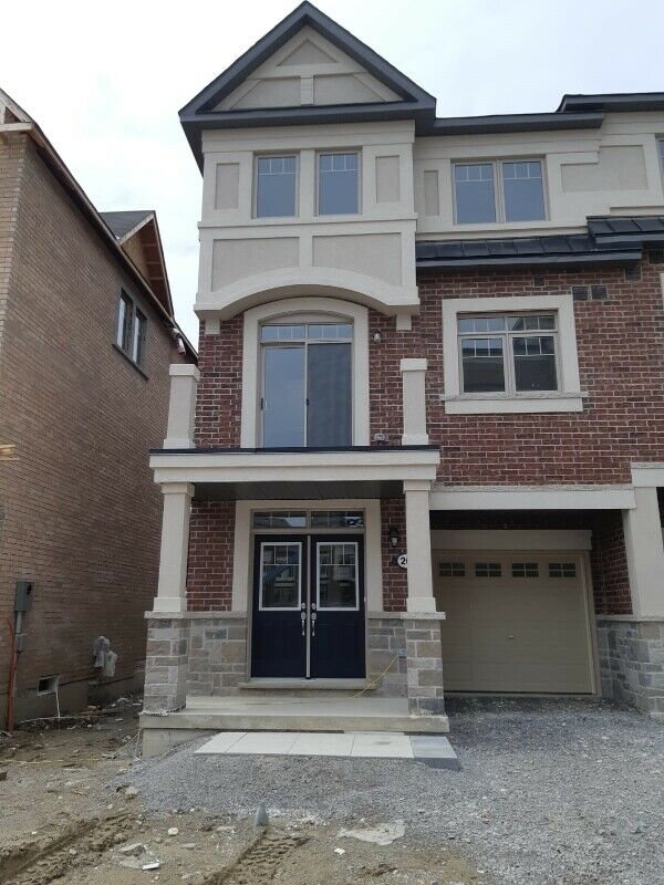 3 Bedroom Townhouse for Rent Ajax