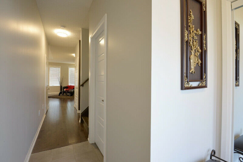 Freehold Townhouse for Sale in Milton