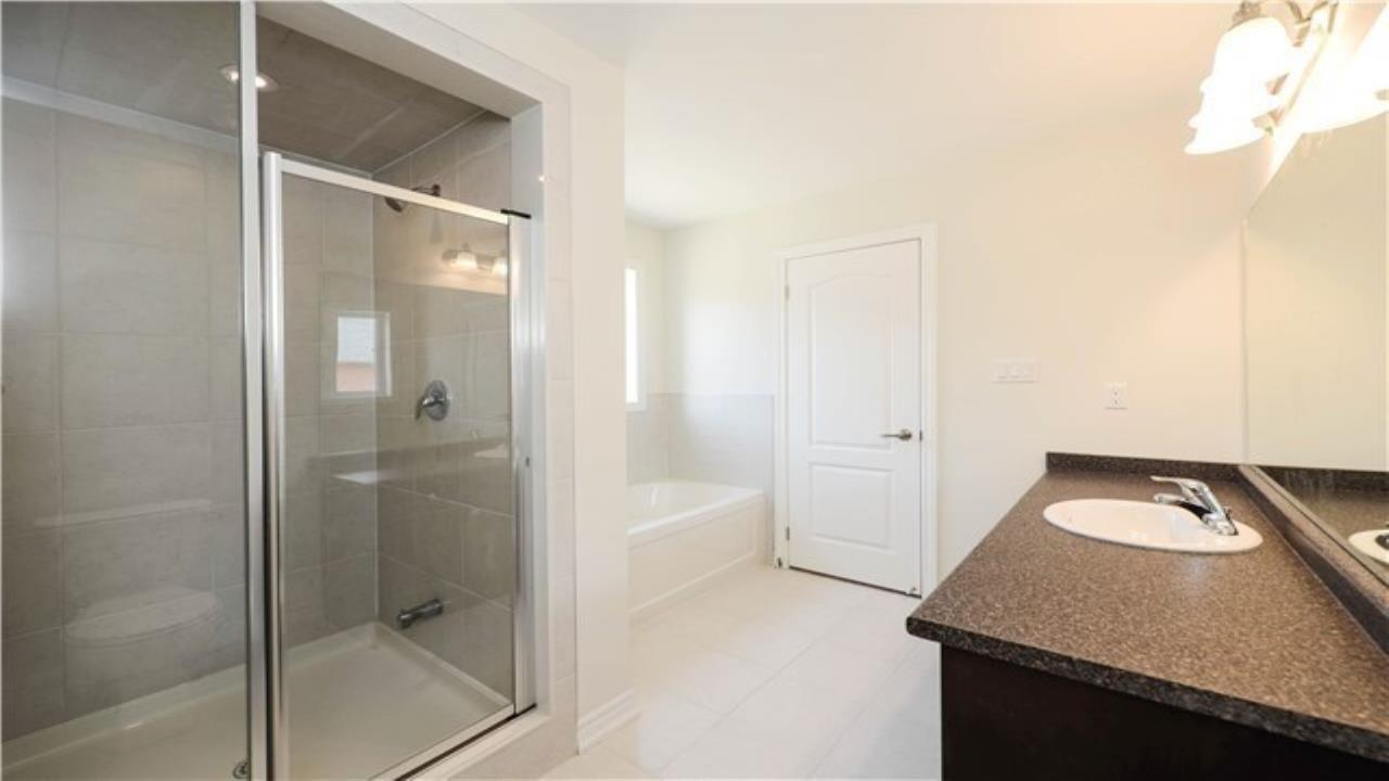 4 Bed 3 Washroom Townhouse for Sale in Brampton