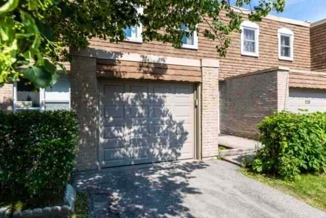 Huntingwood Dr/Toronto/2-Storey Condo Townhouse