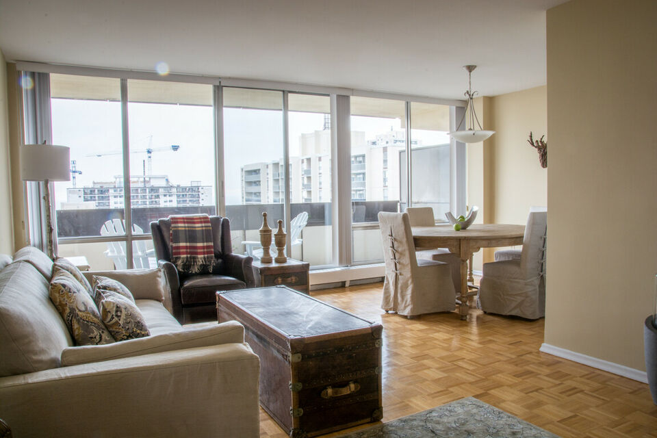 One Bedroom plus Den High Park Village for Rent - 111 Pacific.